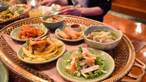 タイで仕入れの元気の秘訣・食事